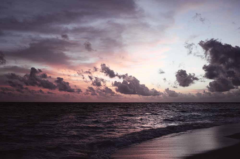 sunset angsana ihuru