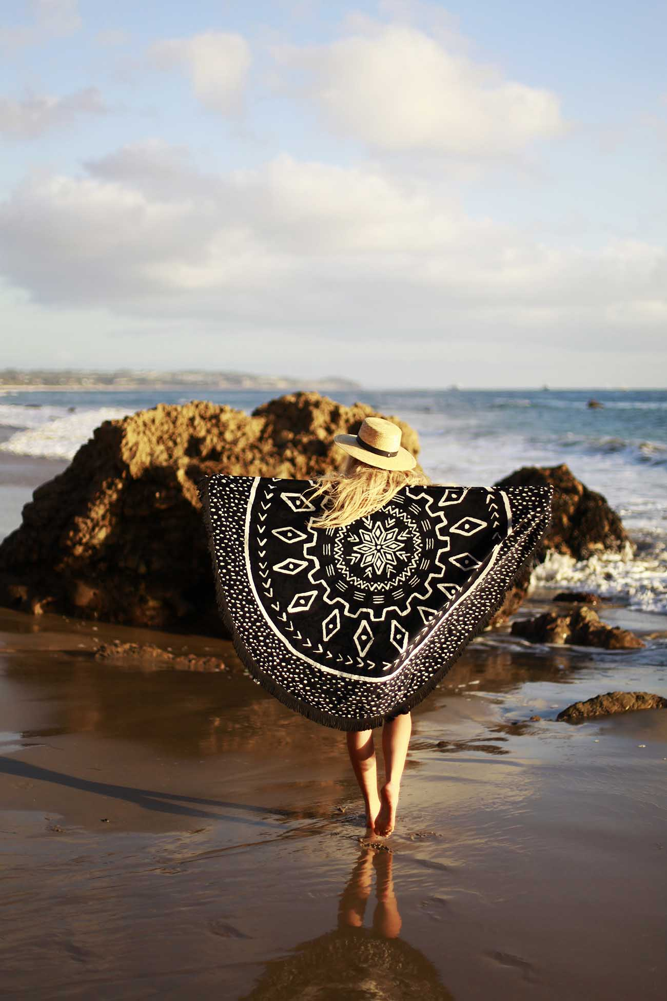 fringeandfrange-beachpeople