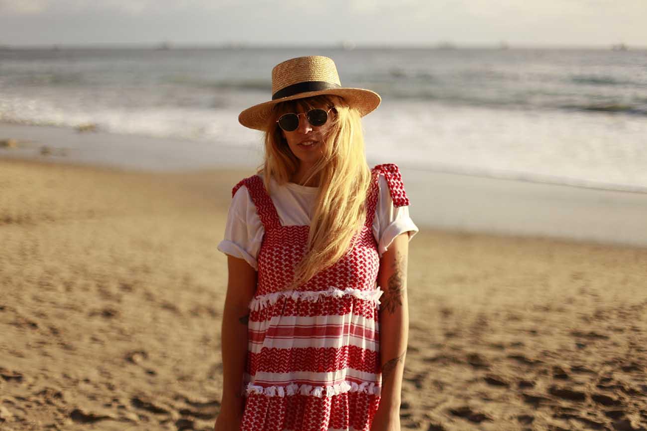 fringeandfrange-dodobaror-red-dress
